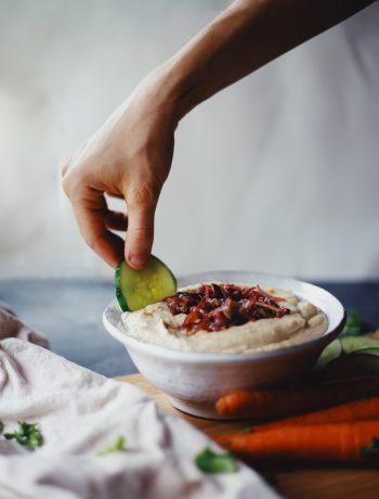 Easy Microwave Garlic & Onion Hummus