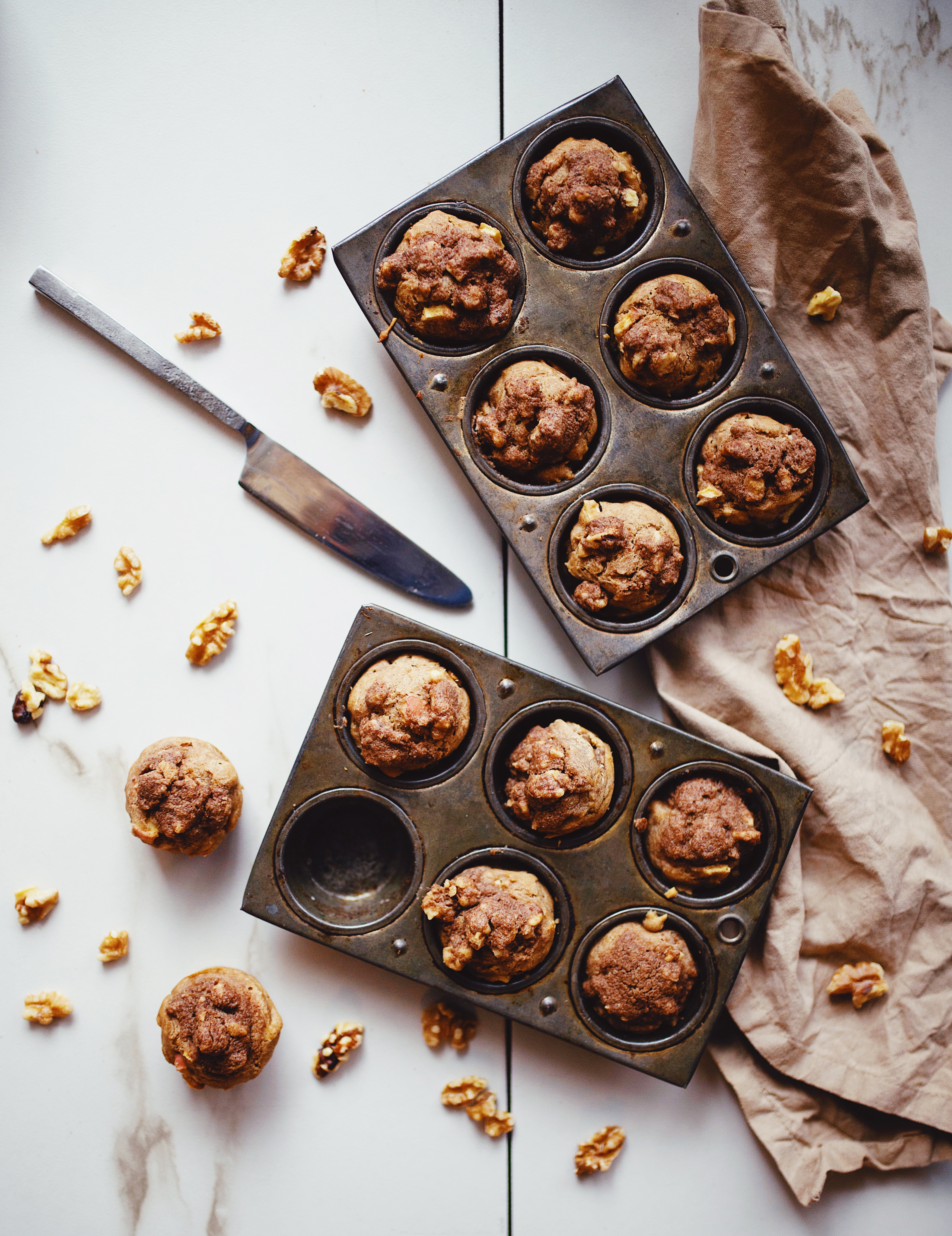 Gluten Free Apple Muffins with Cinnamon Crumble