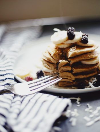 Healthy vegan pancake recipe