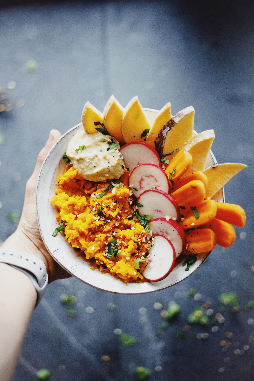Airbnb recipe - GF and Vegan 7-minute Sweet Potato Bowl