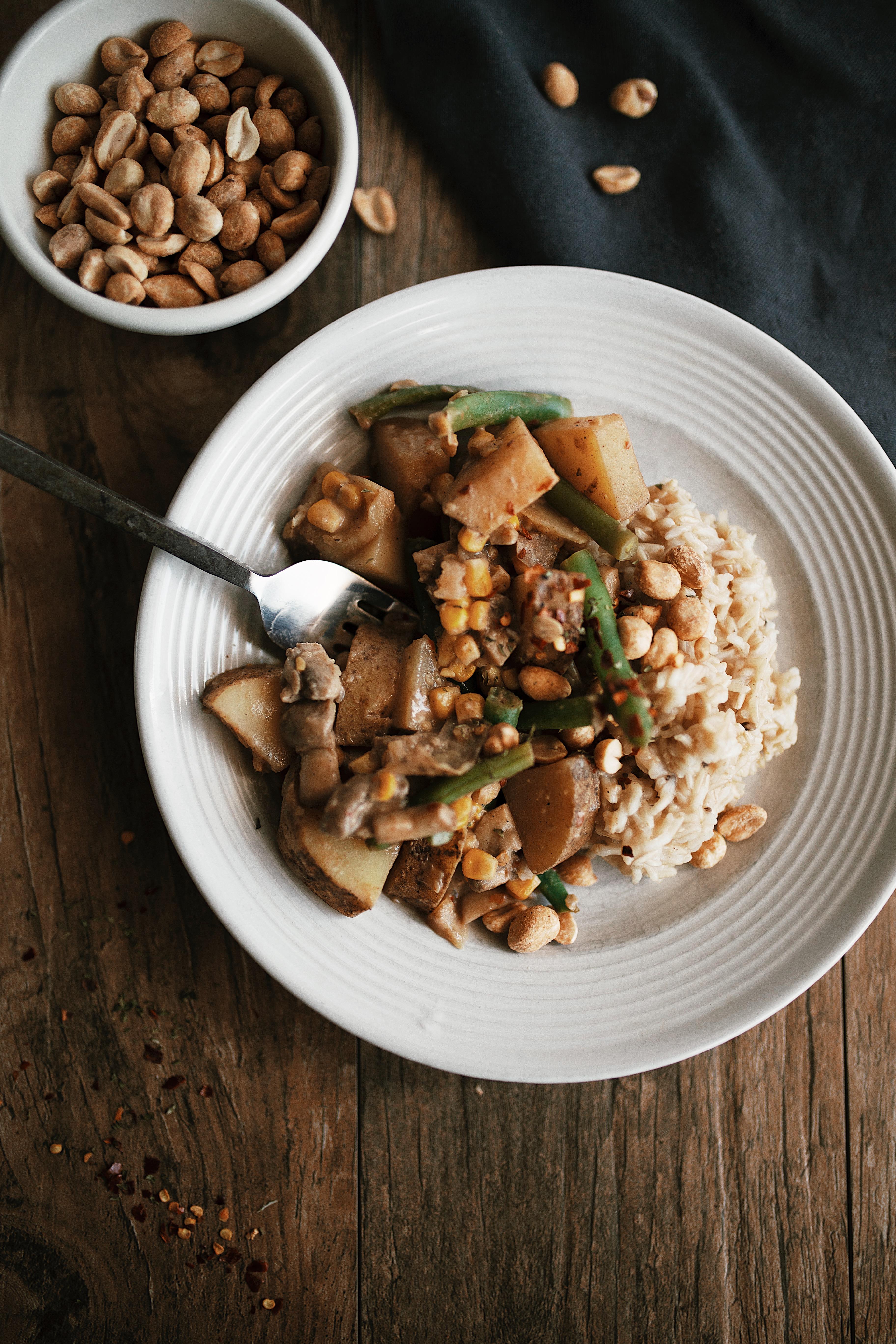 vegan peanut curry