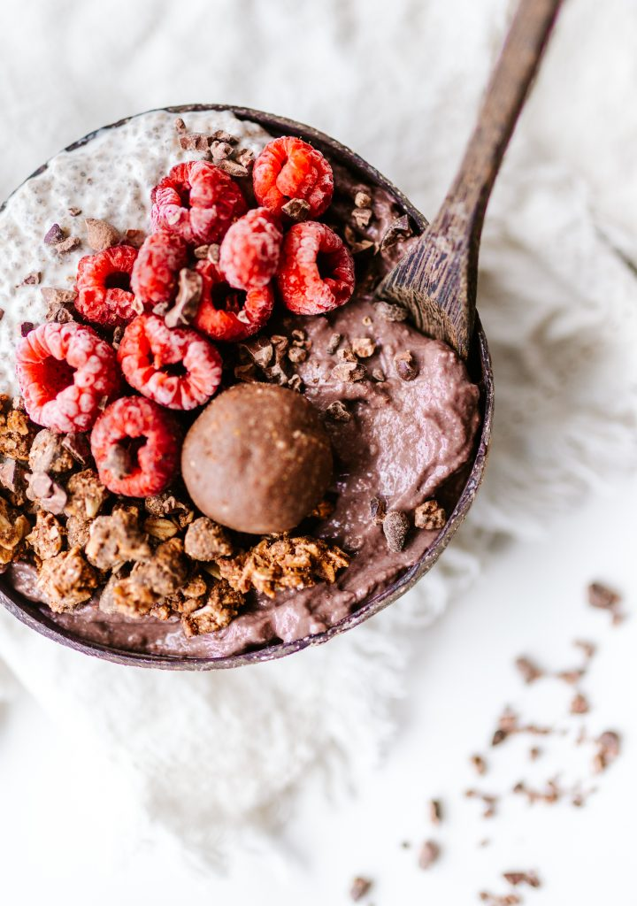 Nutella Smoothie Bowl - 8 ingredients and 5 minutes